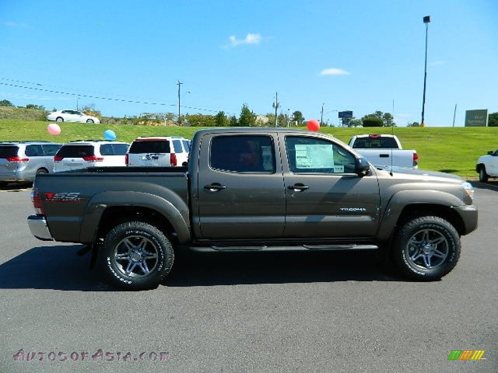 2013 toyota tacoma tss prerunner double cab in pyrite mica photo 2 014872 autos of asia. Black Bedroom Furniture Sets. Home Design Ideas