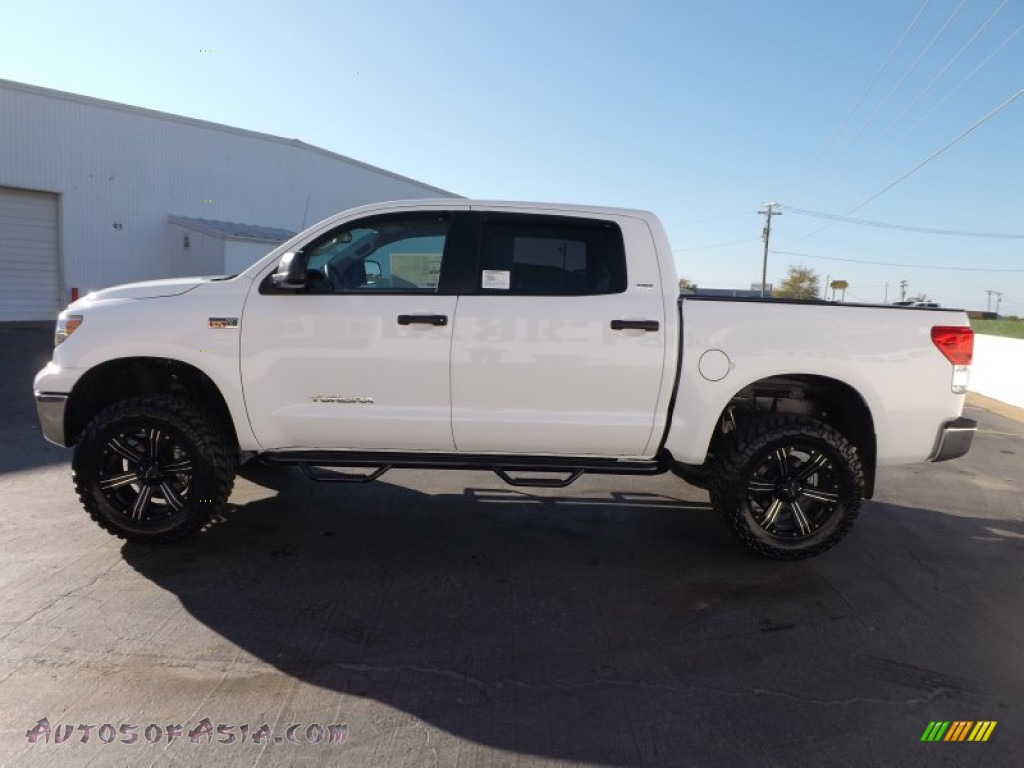 2013 toyota tundra sr5 crewmax 4x4 in super white photo 4 277647 autos of asia japanese. Black Bedroom Furniture Sets. Home Design Ideas