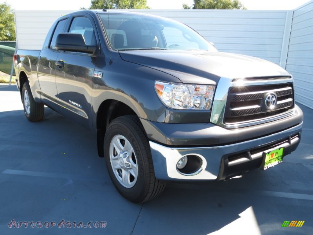2013 toyota tundra double cab 4x4 in magnetic gray metallic photo 2 279023 autos of asia. Black Bedroom Furniture Sets. Home Design Ideas
