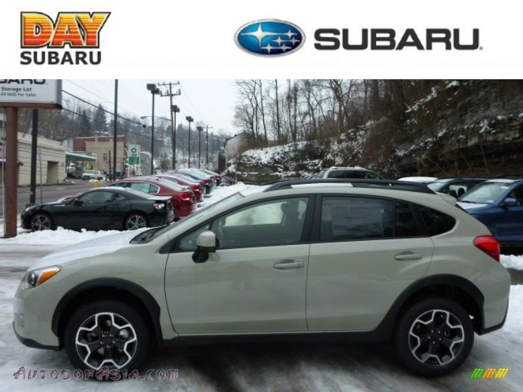 2013 Subaru XV Crosstrek 2 0 Premium in Desert Khaki