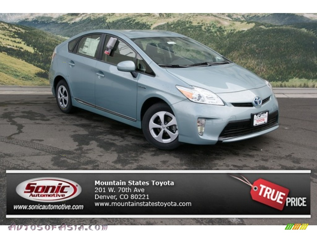 2013 toyota prius two hybrid in sea glass pearl 565654. Black Bedroom Furniture Sets. Home Design Ideas