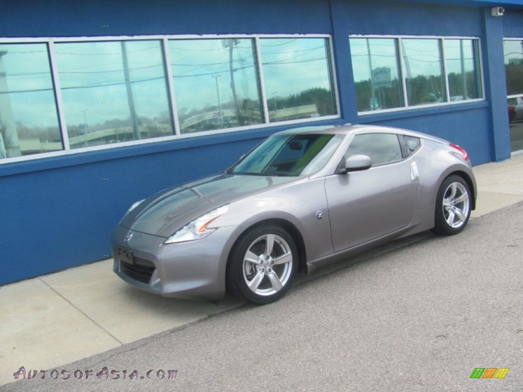 2010 Nissan 370z Touring Coupe In Platinum Graphite