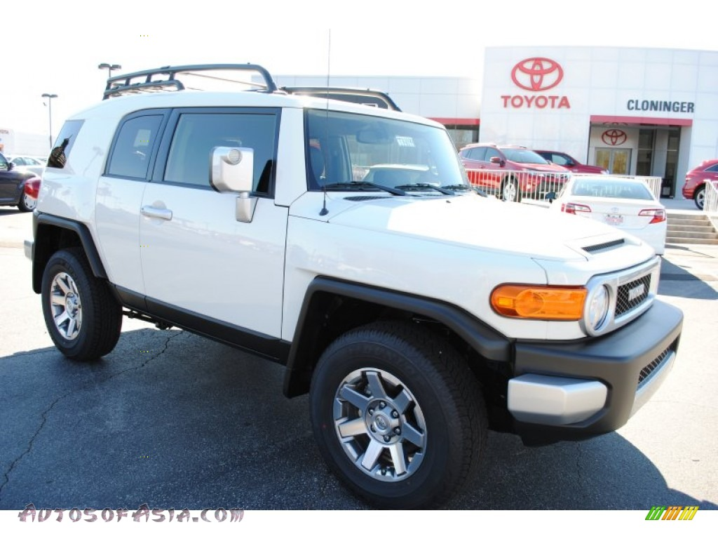 2014 toyota fj cruiser 4wd in iceberg white 179210 autos of asia japanese and korean cars. Black Bedroom Furniture Sets. Home Design Ideas