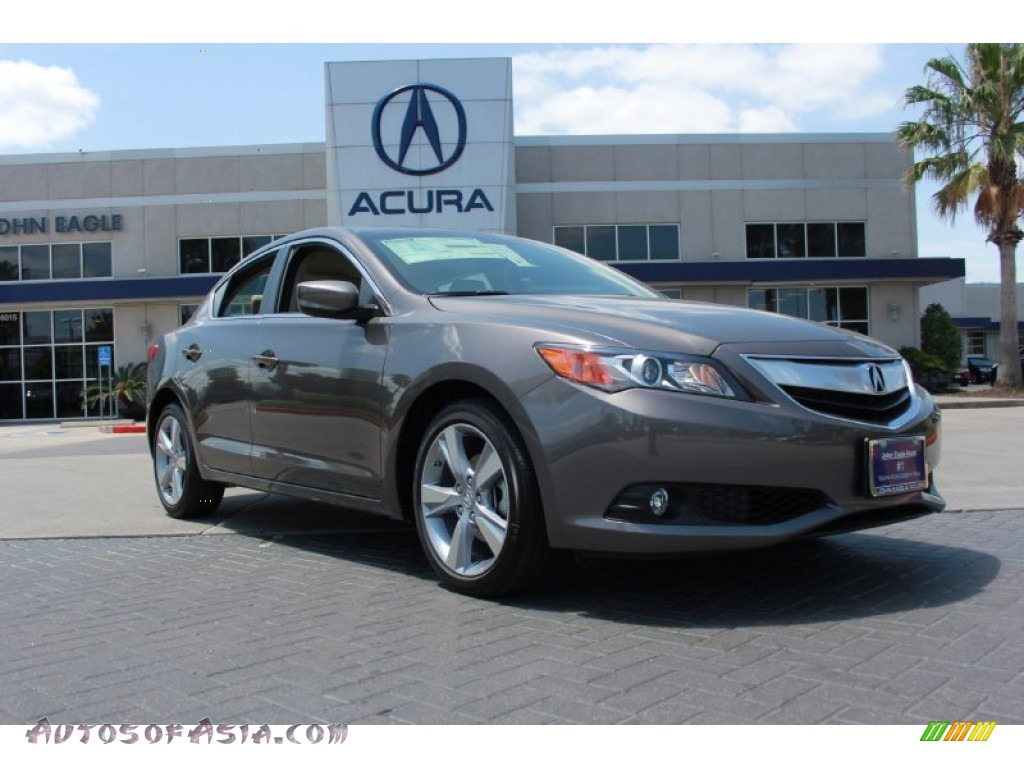 2015 Acura ILX Tech Package (2.0L)