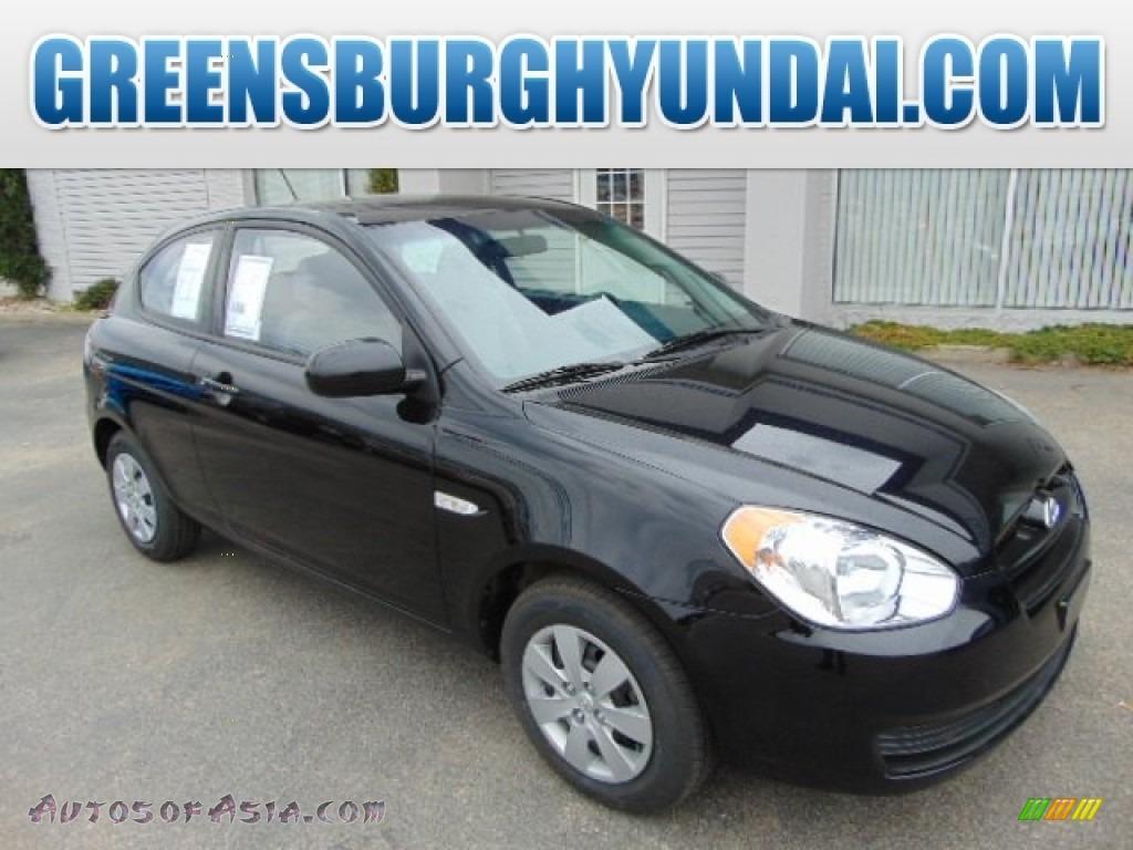 2011 Hyundai Accent Gs 3 Door In Ebony Black 195562