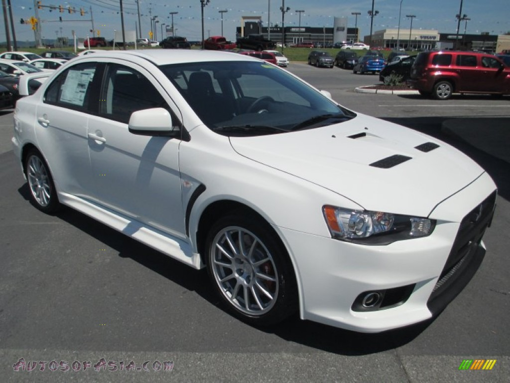 2014 mitsubishi lancer evolution gsr in wicked white 021369 autos of asia japanese and. Black Bedroom Furniture Sets. Home Design Ideas